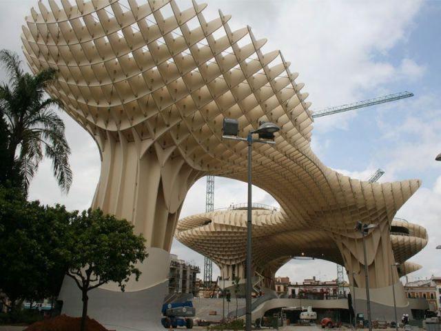 Un chantier bois étudié par Finnforest - Parasol Seville Finnforest