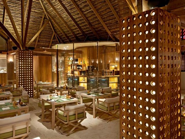 Moofushi Resort
