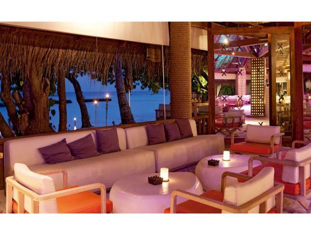 Bar Manta - Moofushi Resort