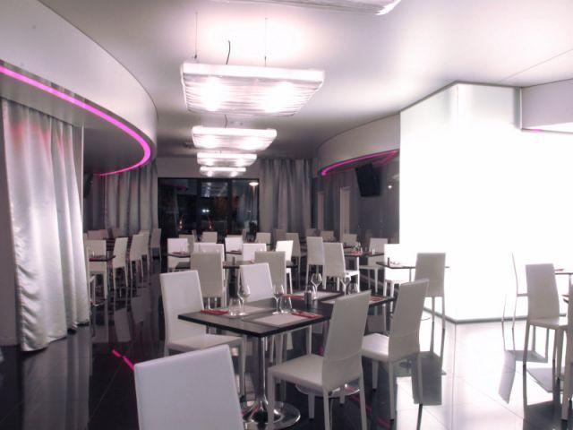 Restaurant - Quality Suites®