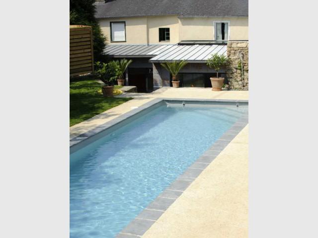 La piscine (2/2) - Lafarge Bétons
