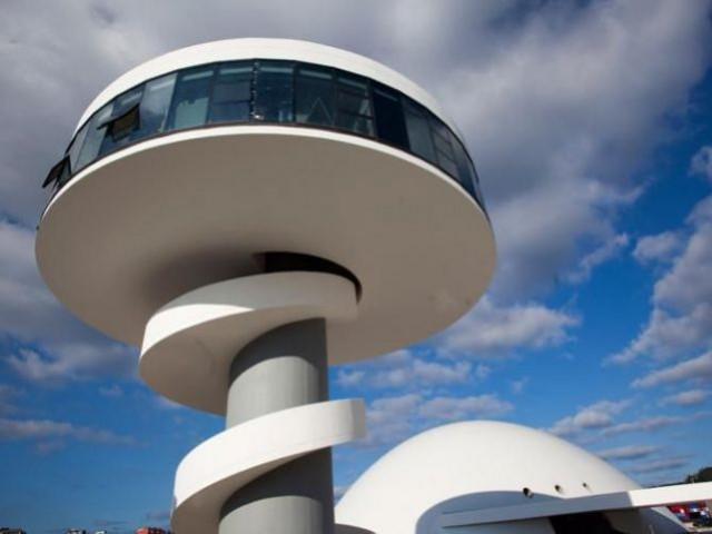 Tour belvédère - Centro Niemeyer
