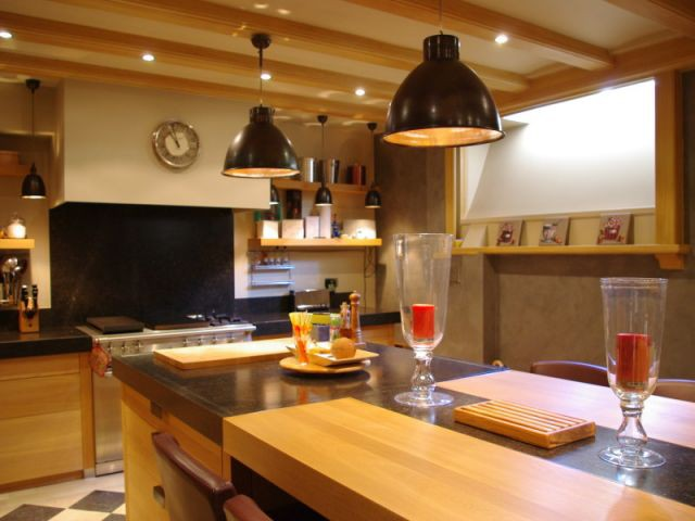 Transformer un sous sol en pi ce vivre les plus belles for Agencer une cuisine ouverte