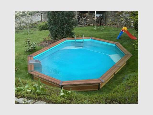 10 piscines hors sol rapides installer for Piscine cristaline