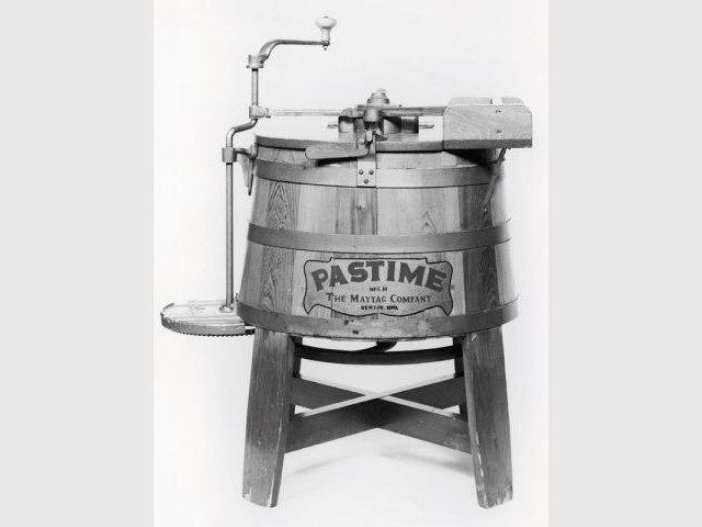 Le premier lave-linge électrique... - Saga Whirlpool
