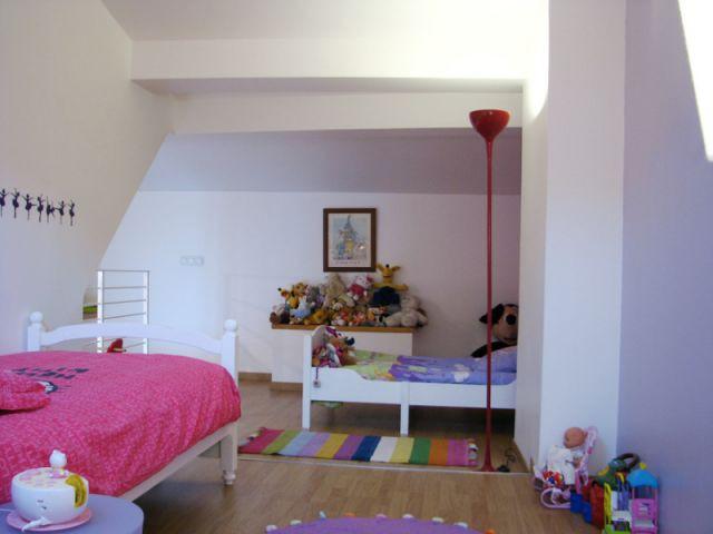 Deux chambres dans un même espace... - Reportage chambre petite fille