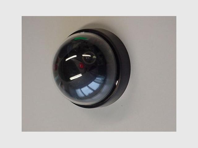 Caméra factice - sécurité