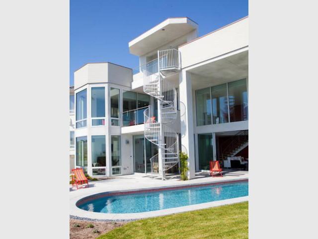 Maison d\'architecte sur la côte californienne