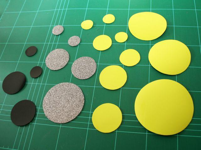 Découper les cercles - Les Ateliers de Mireia