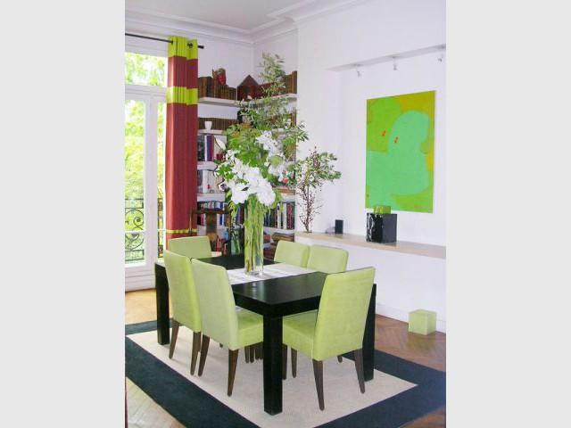 Salle à manger - Appartement Asie moderne