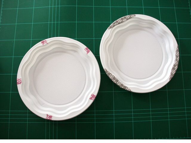 La vaisselle : la customisation des assiettes - Les Ateliers de Mireia