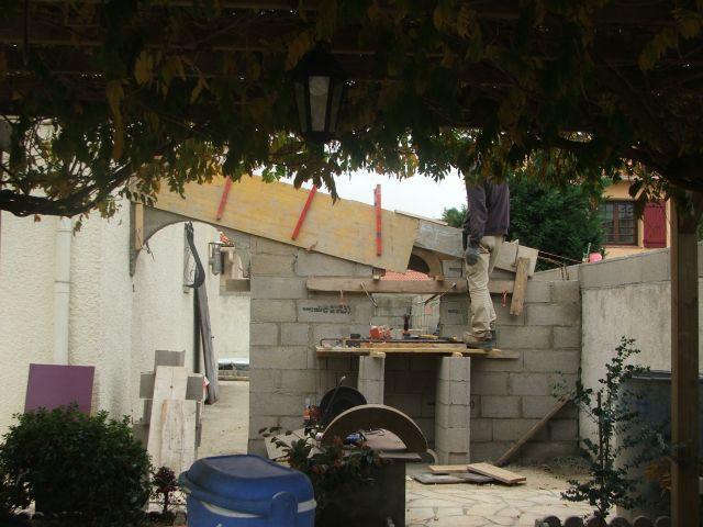 Travaux : démolition barbecue - Arcambal