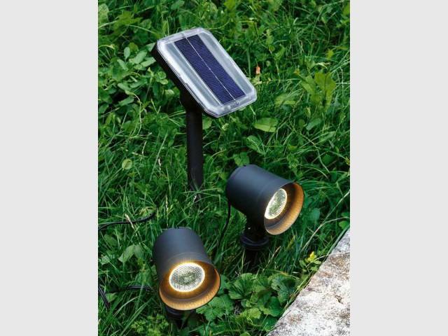 Spots solaires - Luminaires jardin