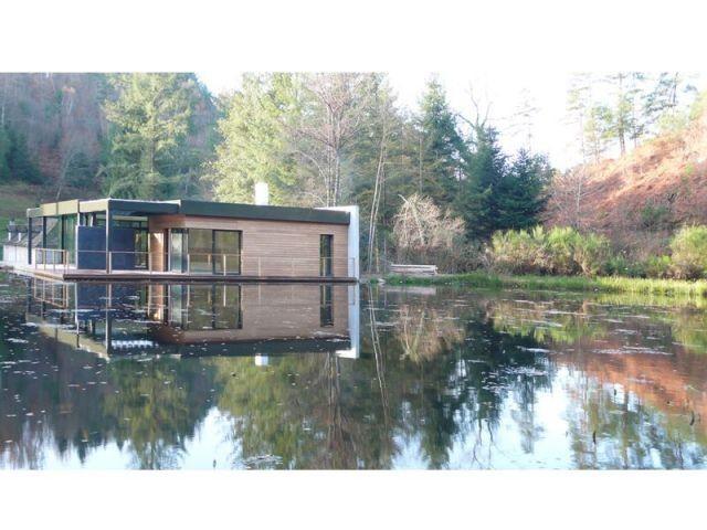 maison sur lac