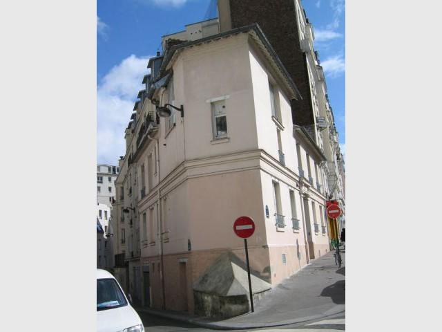 Vue extérieure immeuble - Agence Rew
