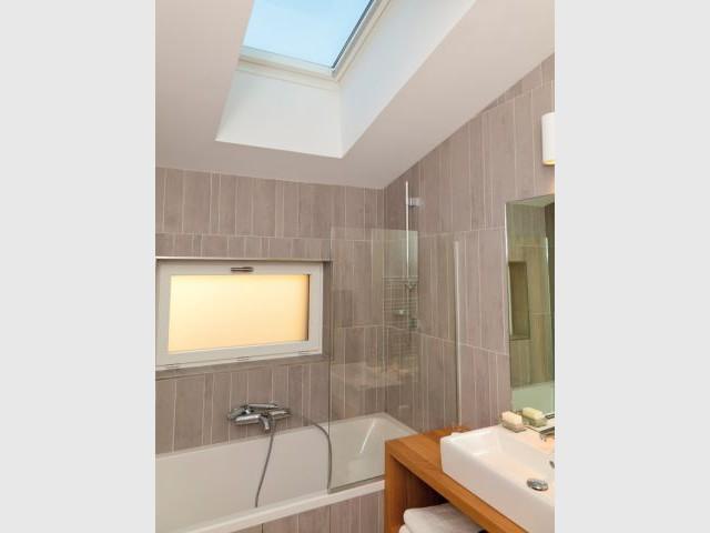 Maison Air et lumière - Salle de bains - Maison Air et lumière Velux