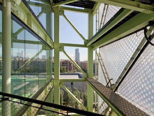 Double peau - Media-TIC de Barcelone