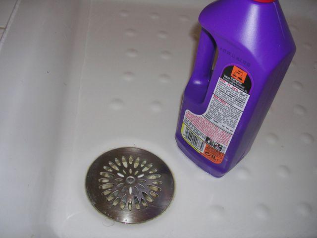 La robinetterie et la tuyauterie - Entretien salle de bains