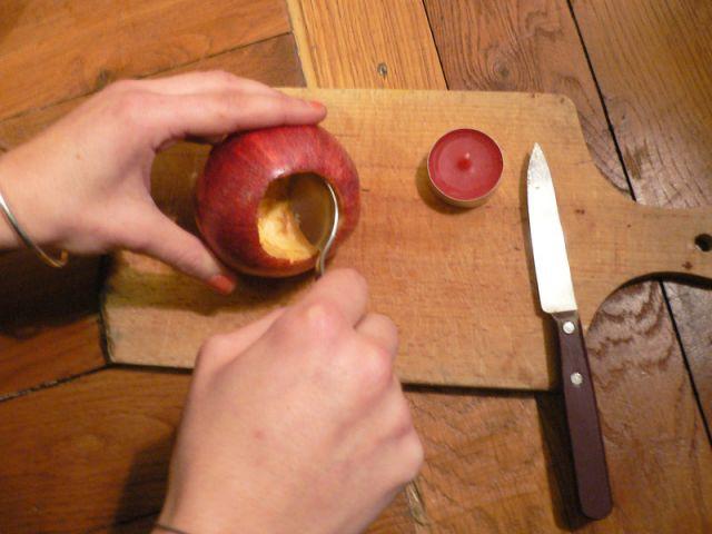 Creuser la pomme pour y mettre une bougie - Déco table Noël