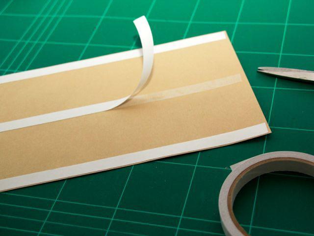 Fixer les feuilles de kraft 1/2 - Les Ateliers de Mireia