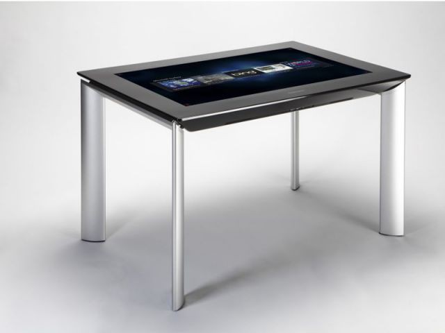 Une table futuriste - ces 2012