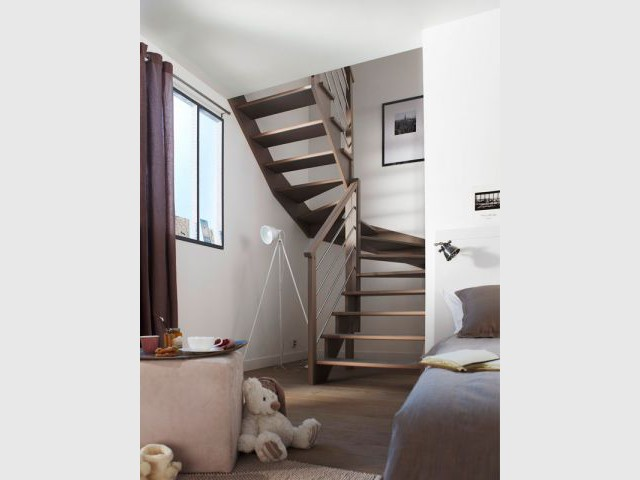 beautiful escalier tournant de milieu with escalier escatwin. Black Bedroom Furniture Sets. Home Design Ideas