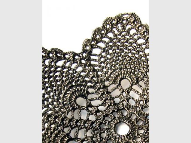 Catherine Carr, l'artisan qui tricotait le verre - Une recette secrète - Verre tricoté et crocheté