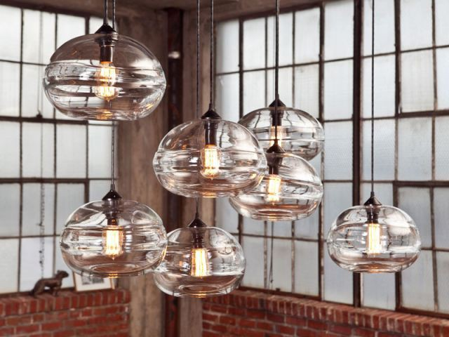 """Clear band pendants"" de John Pomp - Triode"