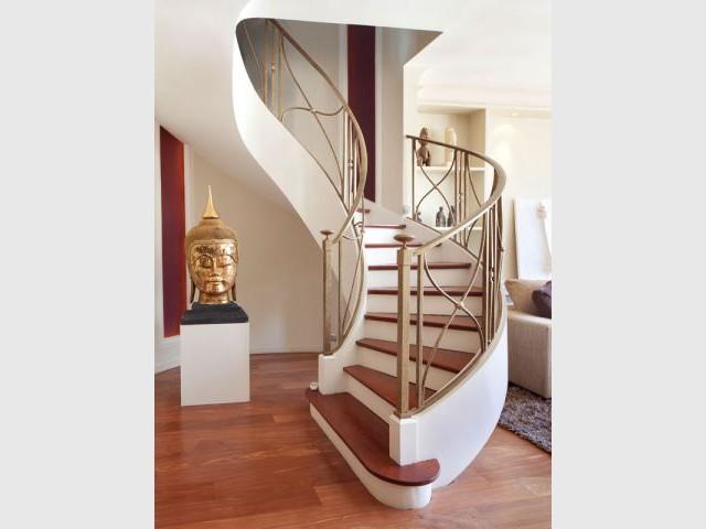 Escalier Art Déco - Reportage appartement Abesses
