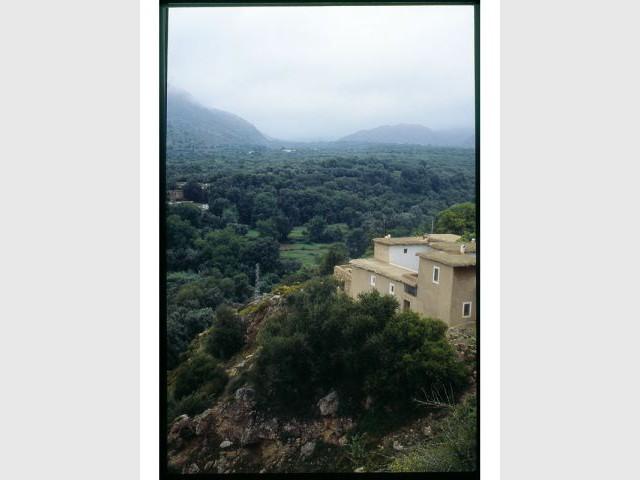 Maison sur la montagne - Maisons en terre