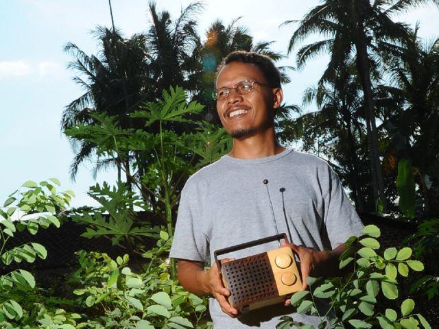 Deux cultures, une collaboration - Wooden Radio