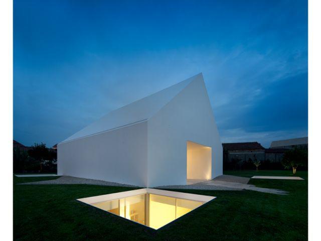 Villa à Leiria - la nuit - 9 architectes / 9 propositions