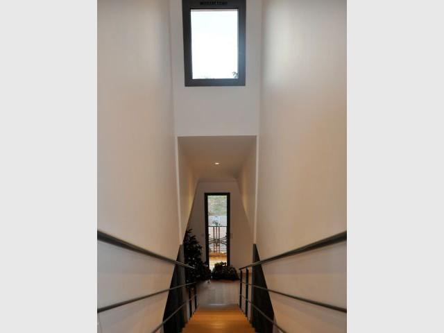 L'escalier, élément central - reportage arcachonnaise