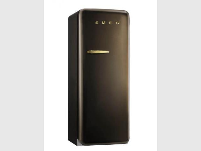 douze r frig rateurs au top de la technologie. Black Bedroom Furniture Sets. Home Design Ideas