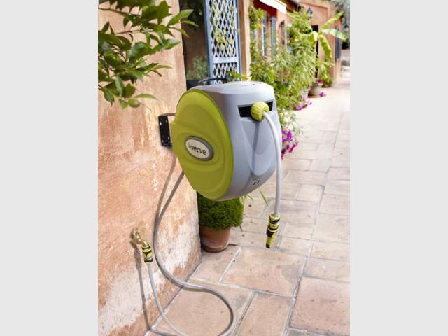 Exit les nœuds du tuyau d'arrosage - Sélection outils jardin