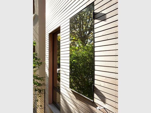 De multiples ouvertures pour capter la lumière - Maison éco-durable-reportage