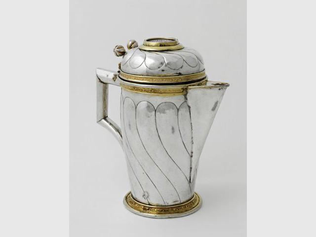 Aiguière couverte à bec verseur - Trésor de la Renaissance