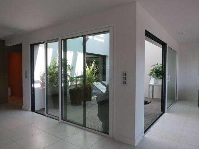 Une maison individuelle nergie positive - Maison avec patio arbre d interieur ...