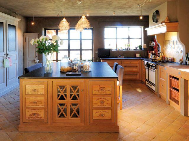 Douze cuisines avec lot central douze ambiances for Ilot en bois pour cuisine