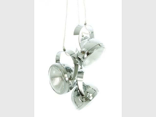 Une suspension en phares de voiture - Sélection industriel