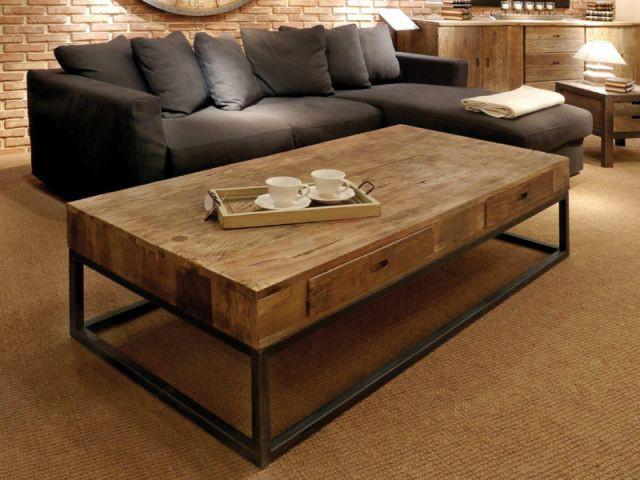 Une table basse en bois chaleureux - Sélection industriel