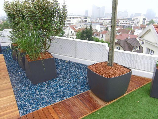 Des pétales de caoutchouc pour les espaces décoratifs - terrasse