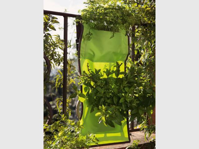 fleurir son balcon coup d 39 oeil sur les nouveaut s. Black Bedroom Furniture Sets. Home Design Ideas