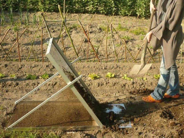 Tamis de jardin pliable avec réceptacle  - Concours Lépine 2012