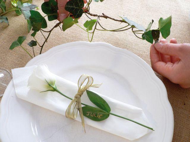 Une nappe en toile de jute - Décoration de mariage