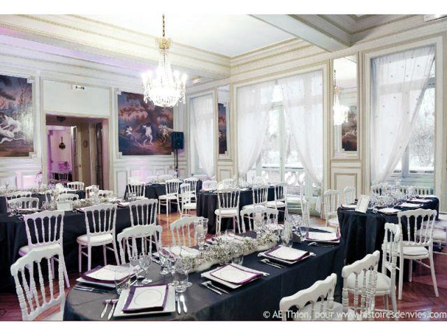 Un restaurant organisé en salle de banquet - 10 ambiances mariage