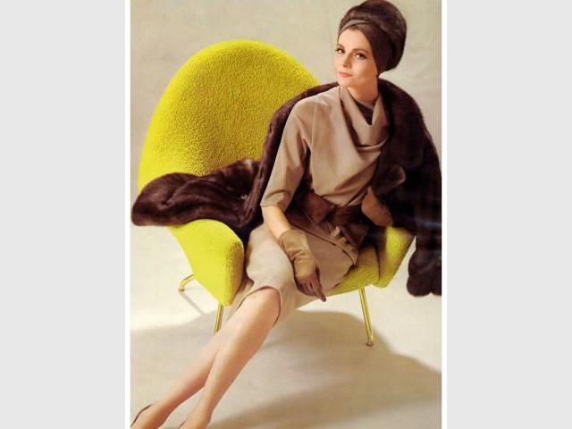 Fauteuil 770 jaune des années 50 - Exposition Joseph-André Motte
