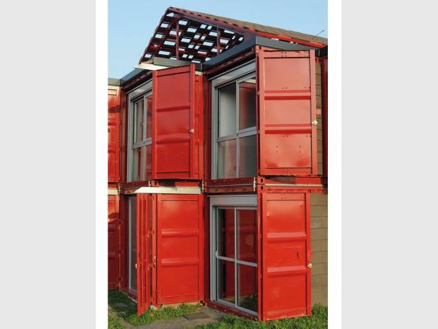 Des volets uniques - Maison containers