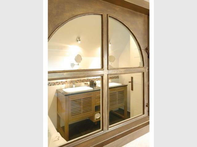 La salle de bains de la chambre Toulvern - Maison d'hôtes Val de Brangon