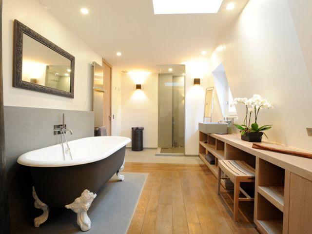 Une salle de bains grand standing - loft